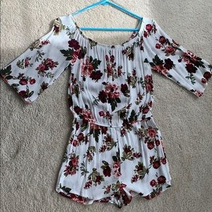 Floral white romper from forever21